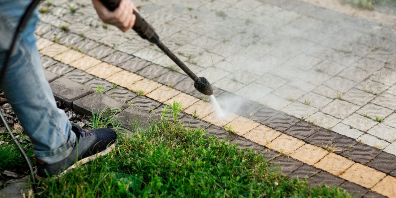 Secret-of-Easy-Patio-Cleaning-e1579605412880-1548x774.png