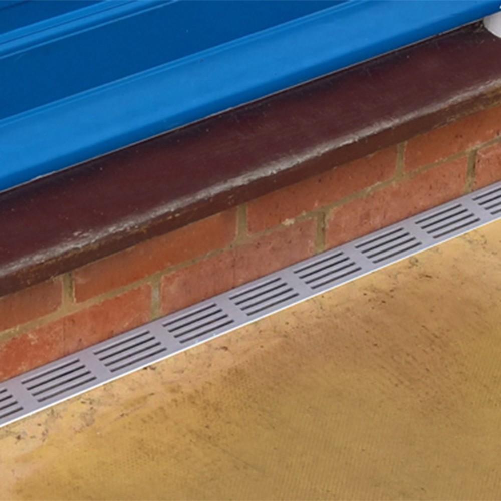 aco-threshold-drain-silver-aluminium-1m-ref-19000-1