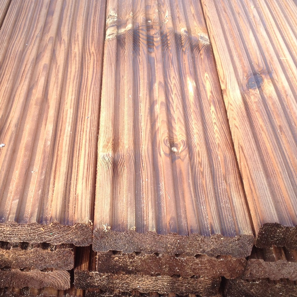 brown-treated-32x150mm-decking-softwood-pefc-3