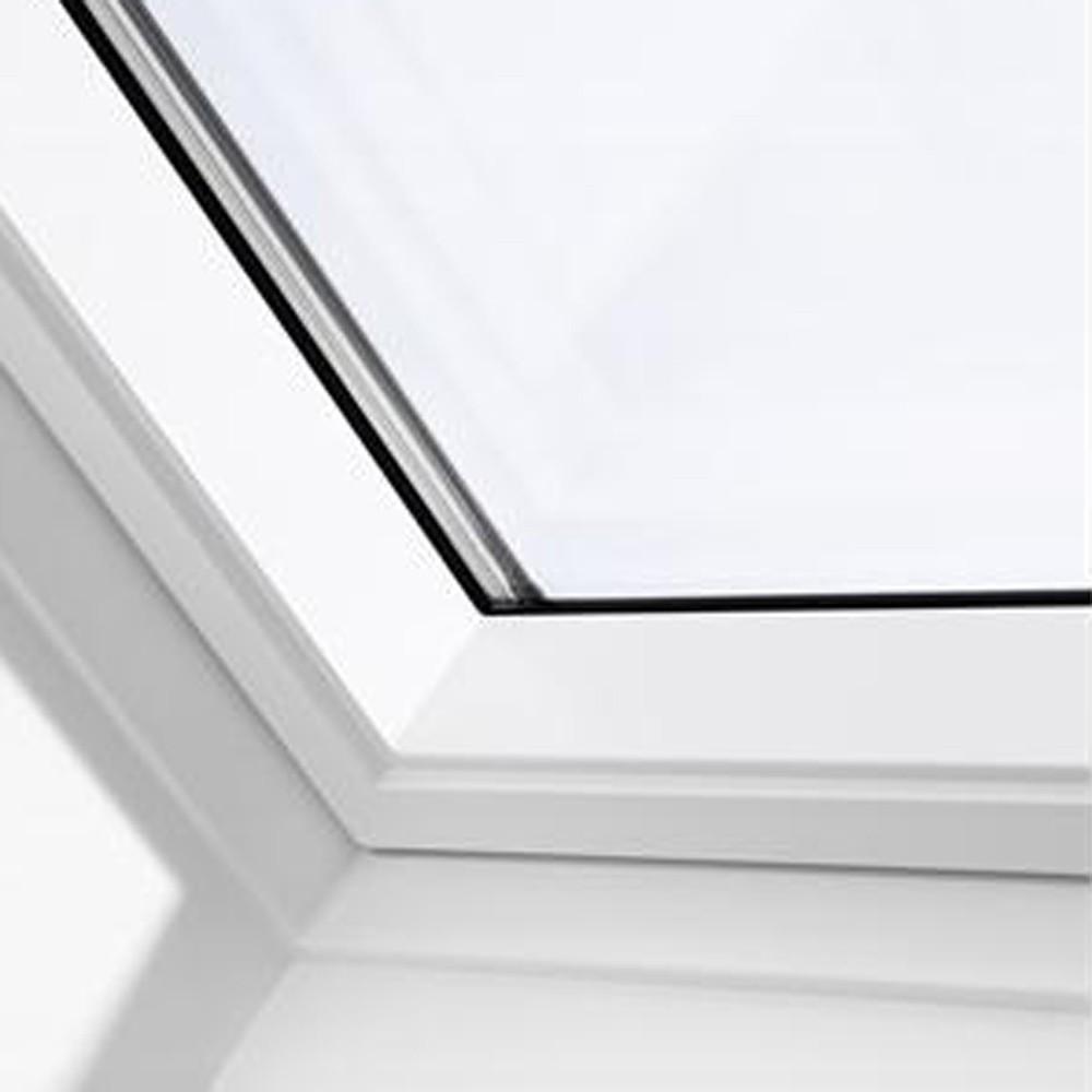 new-velux-ck06-white-painted-window-55x118cm-ref-ggl-ck06-2070-1