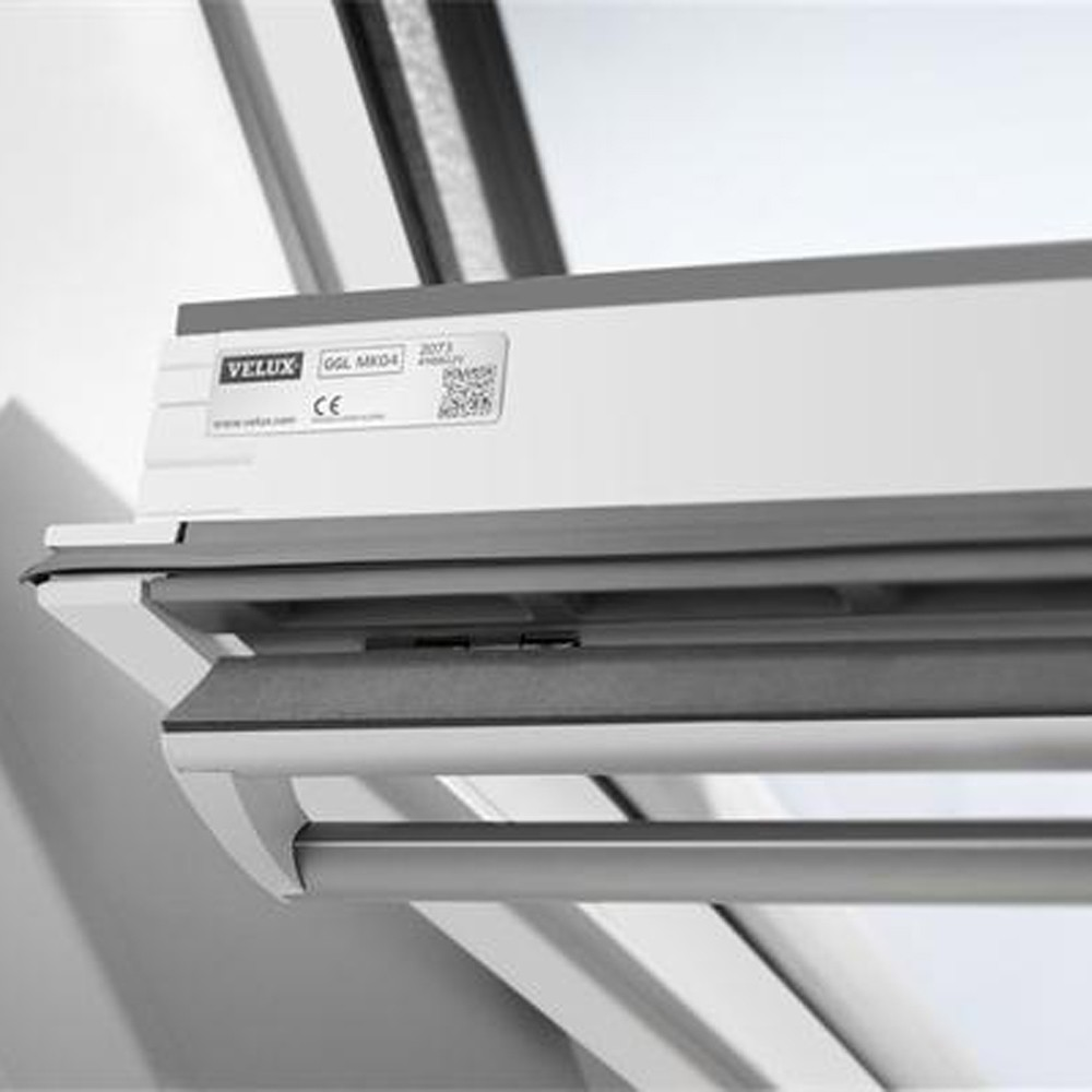 new-velux-ck06-white-painted-window-55x118cm-ref-ggl-ck06-2070-2