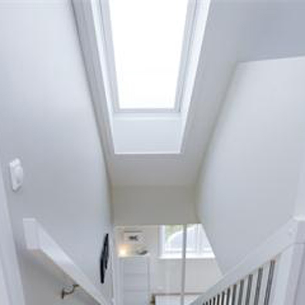 new-velux-uk08-white-painted-window-134x140cm-ref-ggl-uk08-2070-3