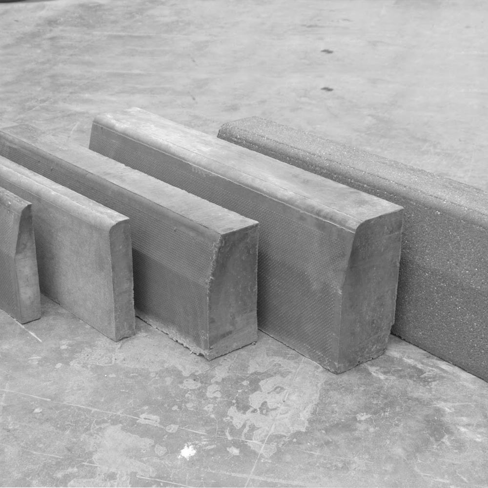 straight-kerb-half-battered-125-x-255mm-.jpg